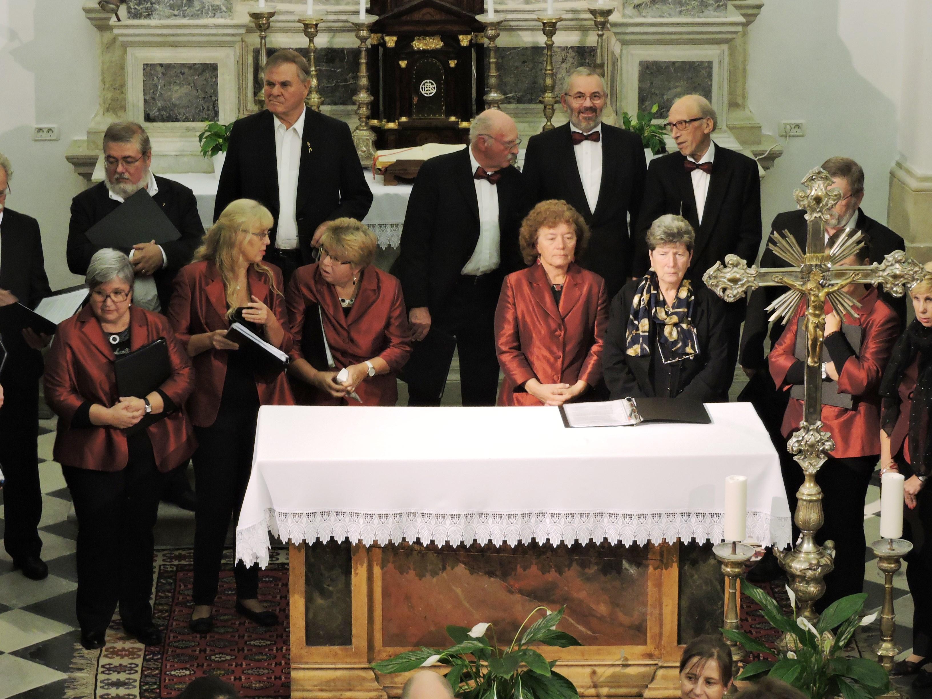 Il coro si prepara al concerto