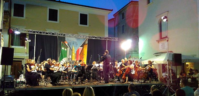 orchestracamera1