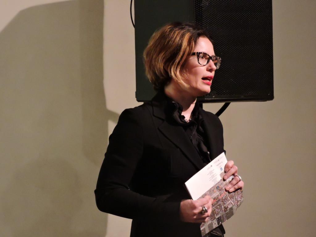 Agnese Babic introduce la serata