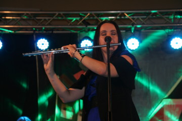 Tinkara e flauto