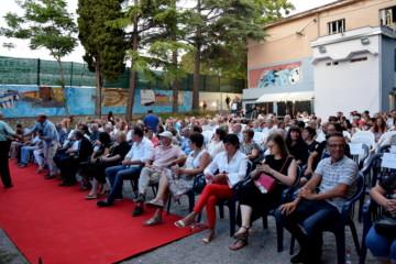 Festa comune Isola Pubblico