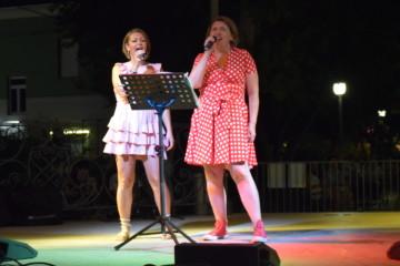 Cantiamo a un passo dal mare Evelin e Vanja
